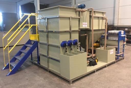 Estação de tratamento de água compacta